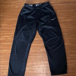 Nike Dr-Fit sweatpants. Size Medium.